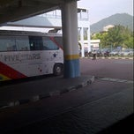 Photo taken at Sungai Nibong Express Bus Terminal by Wafi on 3/31/2013