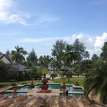 Photo taken at Le Méridien Khao Lak Beach & Spa Resort by Markus R. on 11/8/2013