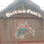 Photo taken at Buffalo Phil's Pizza & Grille by Maria on 4/6/2013