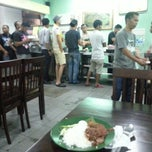 Photo taken at Ujang Corner Nasi Lemak Special BBS by Abdul Razak S. on 2/25/2014