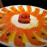 Photo taken at Sushi Papaia by Renato C. on 12/7/2012