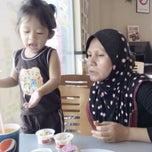 Photo taken at KFC Ijok by Ishak N. on 8/21/2014