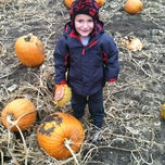 Photo taken at Sleepy Hollow Pumpkin Farm by Paula on 10/21/2012