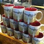 Photo taken at Starbucks by Victor J. C. on 11/15/2012