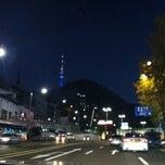 Photo taken at 남산3호터널 (Namsan Tunnel 3) by Shin Young P. on 10/28/2012