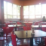 Photo taken at El Cafesin by Sergio Gmo F. on 2/14/2013