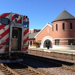 Photo taken at Metra - Wheaton by Suzanne B. on 9/16/2013