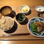 Photo taken at あきゅらいず美養品 森の食堂 by 島の剛腕 on 10/20/2014