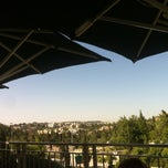 Photo taken at Aroma (ארומה) by Jonathan P. on 6/7/2013