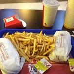 Photo taken at Burger King by Özlem on 9/8/2013