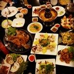 Photo taken at เกียง้วนภัตตาคาร มหาชัยซีฟู๊ด (Kia Nguan Restaurant Mahachai Seafood) by ปอ ป. on 4/19/2013