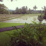 Photo taken at The Chedi Club at Tanah Gajah Bali by Shaun M. on 12/28/2012