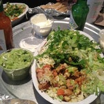 Photo taken at Chipotle Mexican Grill by Yoonyoung K. on 11/23/2012