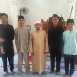 Photo taken at Surau Al Raudhah As Sakinah Pulai Emas by Raihan R. on 10/24/2014