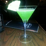 Photo taken at Bar Louie Lyndhurst by Mo B. on 5/28/2013
