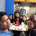 Photo taken at Shelby's Food Court Burgundy Tower by Rommel U. on 7/31/2014
