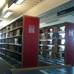 Photo taken at Biblioteca USBI by Luccino C. on 3/19/2013