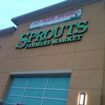 Photo taken at Sprouts Farmers Market by Scott T. on 2/25/2011