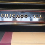 Photo taken at Uno Chicago Grill by Kristin T. on 8/11/2013
