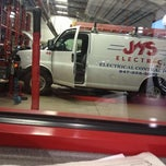 Photo taken at Discount Tire® Store by Mik L. on 11/13/2012