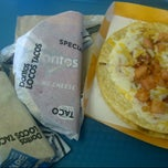 Photo taken at Taco Bell by Rebecca Z. on 4/29/2013