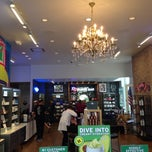 Photo taken at Kiehl's by Owen G. on 5/10/2014