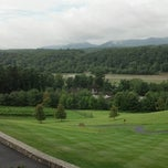 Photo taken at Inn On Biltmore Estate by Kris T. on 7/5/2013