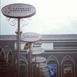 Photo taken at Dataran Pahlawan Melaka Megamall by ★KΛRRlΣll S. on 11/17/2012