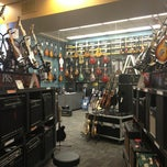 Photo taken at Guitar Center by Mihir P. on 5/25/2013