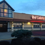 Photo taken at Red Lobster by Jeff B. on 5/6/2013