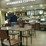 Photo taken at Starbucks by Kysstle H. on 1/11/2013