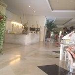 Photo taken at Oasis Golf Resort Hotel Tenerife by Ника 🍒 on 7/12/2014