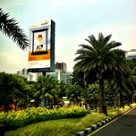 Photo taken at Mandiri Prioritas Plaza Mandiri by 杨翼 on 9/11/2013