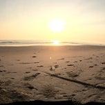 Photo taken at Sri Pantai Chalet Melawi, Bachok by Muhamad Syamsul H. on 2/4/2014