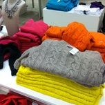 Photo taken at Ann Taylor by Alwyn V. on 12/23/2012