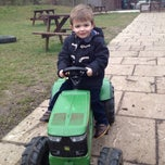 Photo taken at Cobbs Farm Shop and Restaurant by Steve L. on 3/9/2013