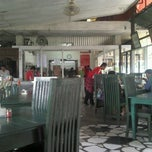 Photo taken at Dapur Solo by Adera K. on 3/10/2013