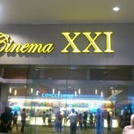 Photo taken at Cinema XXI - Cirebon Super Blok Mall by Roni Y. on 3/10/2013