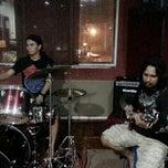 Photo taken at Amp jam studio by Kinozawa H. on 9/20/2013