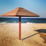 Photo taken at Παραλία Ζούμπερι by Manos X. on 8/17/2013