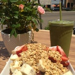 Photo taken at Liv Deli & Smoothie by Mariela D. on 5/4/2013