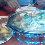 Photo taken at Nuri Tomyam Seafood by Akilah Z. on 6/18/2013