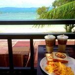 Photo taken at Sarikantang Resort & Spa, Koh Phangan by Sabine B. on 5/22/2013