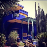 Photo taken at Jardin de Majorelle by Diana R. on 8/20/2012
