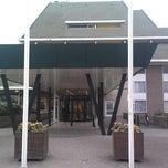 Photo taken at Van der Valk Hotel Vianen by Roberto on 4/5/2013