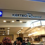 Photo taken at Köfteci Ramiz by Serdar B. on 4/7/2013