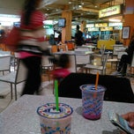 Photo taken at Food Point by Ikhwanul H. on 8/19/2014