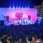 Photo taken at Théâtre De Plein Air De Boukornine | مسرح الهواء الطلق ببوقرنين by Olfa T. on 7/31/2014
