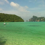 Photo taken at Phi Phi Island Cabana Hotel by Bruna M. on 12/29/2012