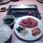 Photo taken at 焼肉 金剛苑 by ring2chang on 8/5/2013